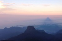 Sri Lanka Sunrise in Adam's Peak_Maivi