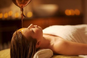 shirodara_oil_treatment2_swastha_ayurveda_hikkaduwa
